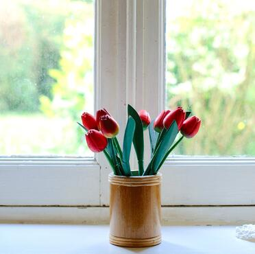 tulip-bouquet-mothersday.jpg